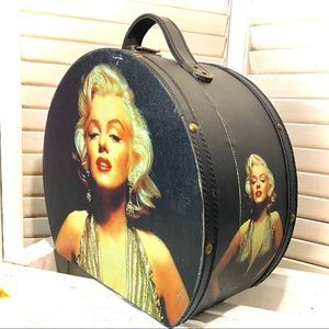 Marilyn Monroe Wooden Travel Case Collectible